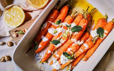Zanahorias asadas con especias y salsa de yogurt